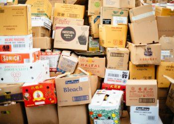 חבילות מסין, צילום: chuttersnap